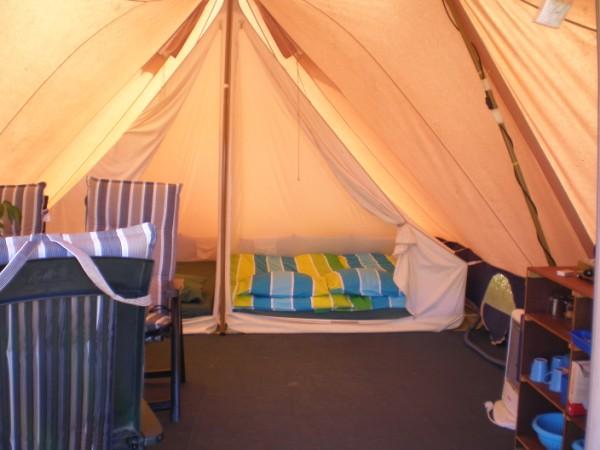 Stoere tenten vakantie meerlo noord limburg for Meerlo interieur